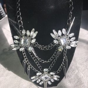 Jewelry - Spiked metal stone and chain statement necklace